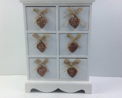 1702023 heart cabinet with 6 white lattice