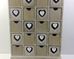 1702006 heart cabinet with 20 lattice