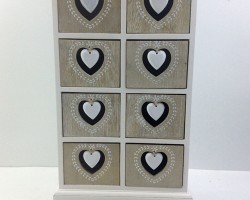 1702026 heart cabinet with 8 lattice