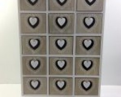 1702007 heart cabinet with 15 lattice